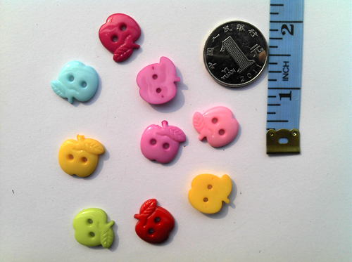 15mm leafy apple shaped buttons