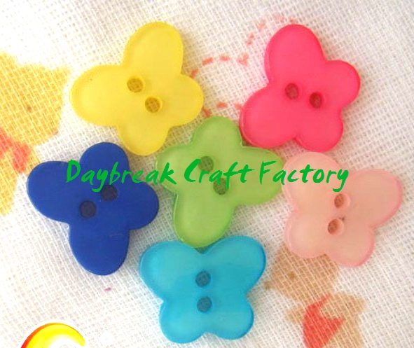 Novelty colorful butterfly buttons wholesale
