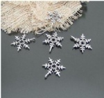 Snowflake qntique charms metal for Christmas decorating embellishments